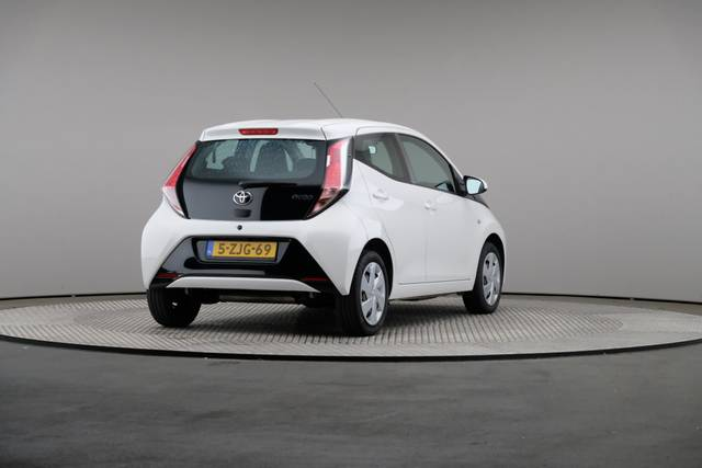 Toyota Aygo 1.0 VVT-i x-play 5d, Airconditioning-360 image-17