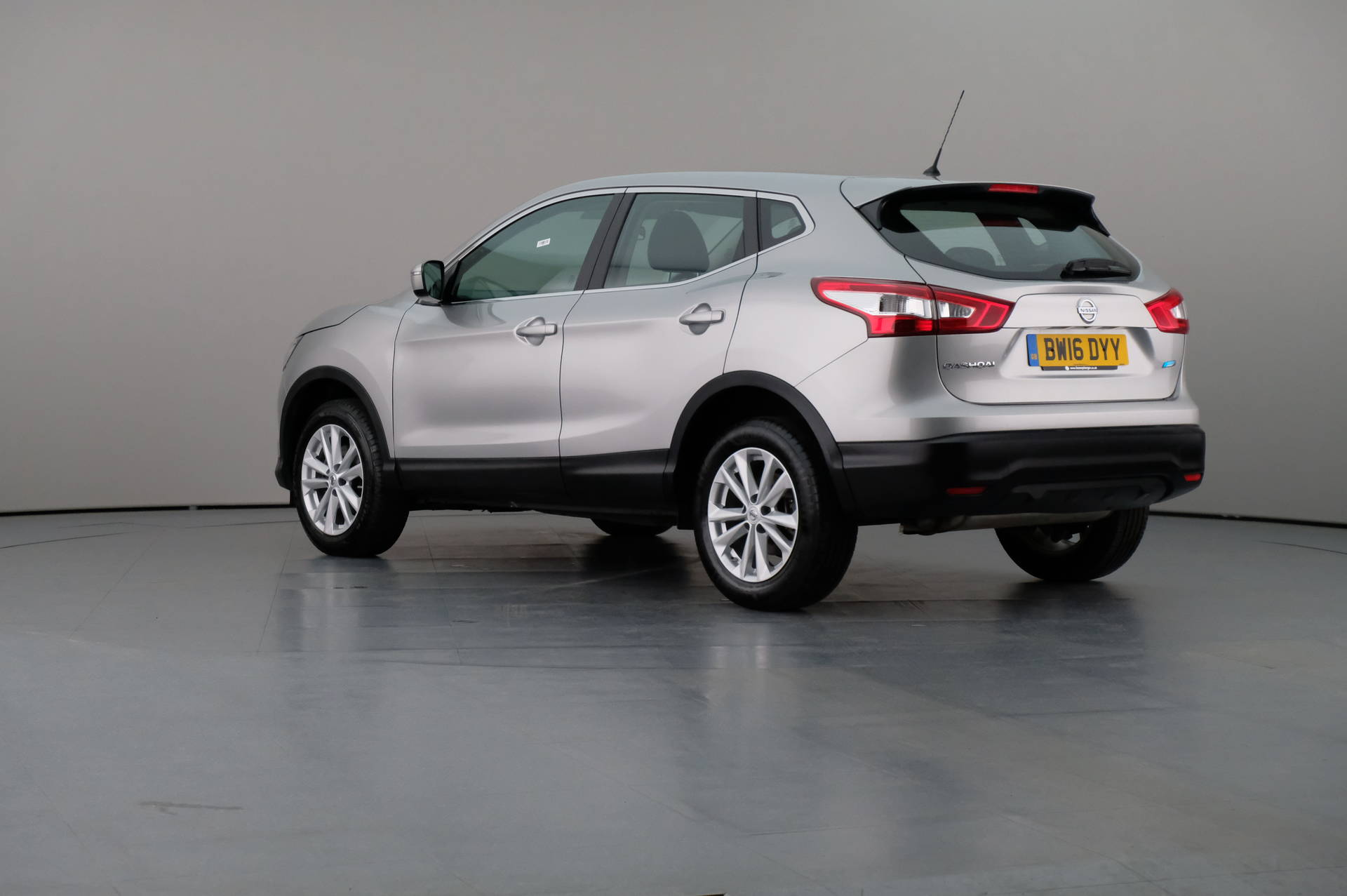 Nissan Qashqai 15 Dci Fuel Filter Change Recomended Car Juke Location 1 5 Acenta 5dr Cars 2016 Used Carnext Com