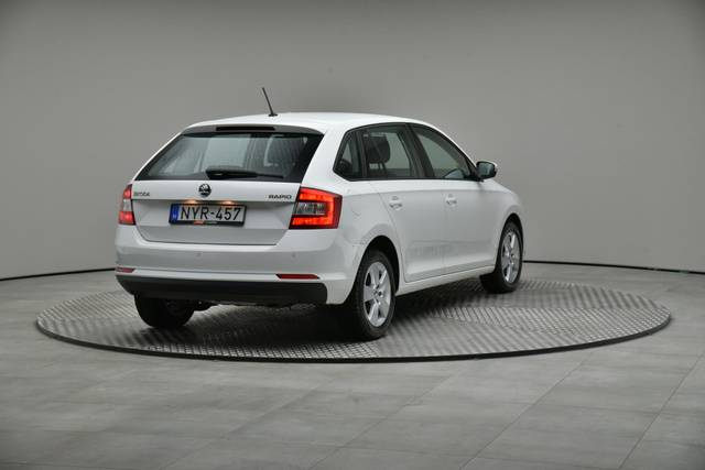 Škoda Rapid Spaceback 1.6 TDI (Green tec), Ambition-360 image-16