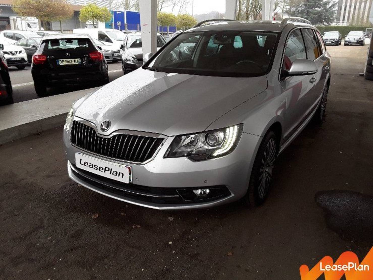 Škoda Superb 2.0 TDI 140 GreenTec, Laurin & Klement DSG detail2