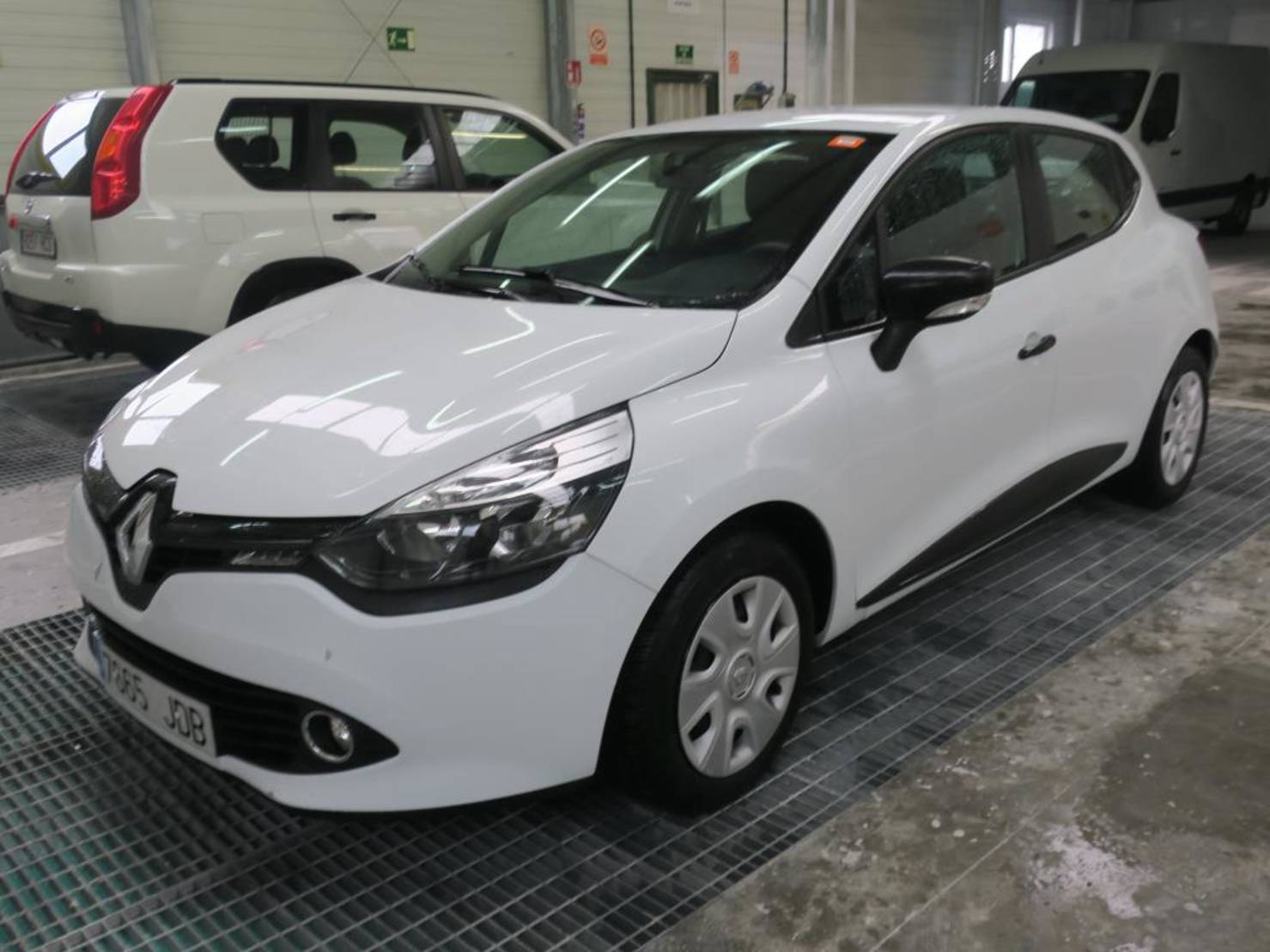Renault Clio 1.5 Dci Business Eco2 detail1