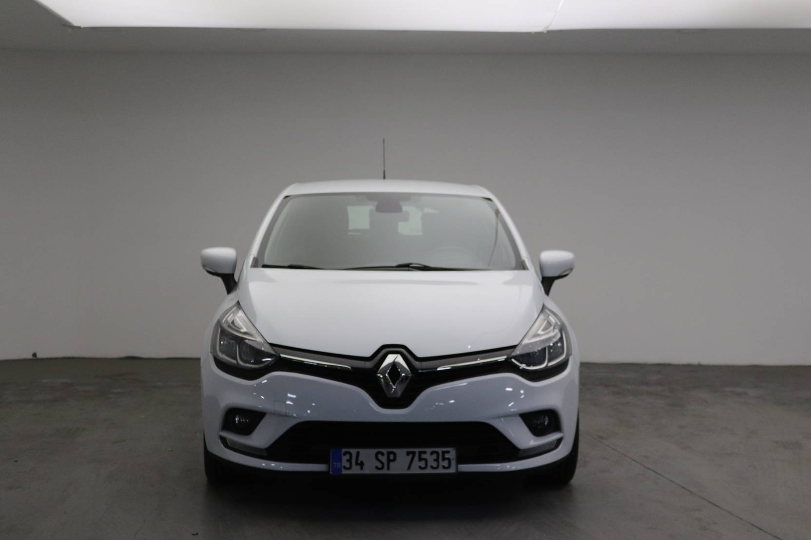 Renault Clio Energy dCi 90 Start & Stop EDC, Touch detail2