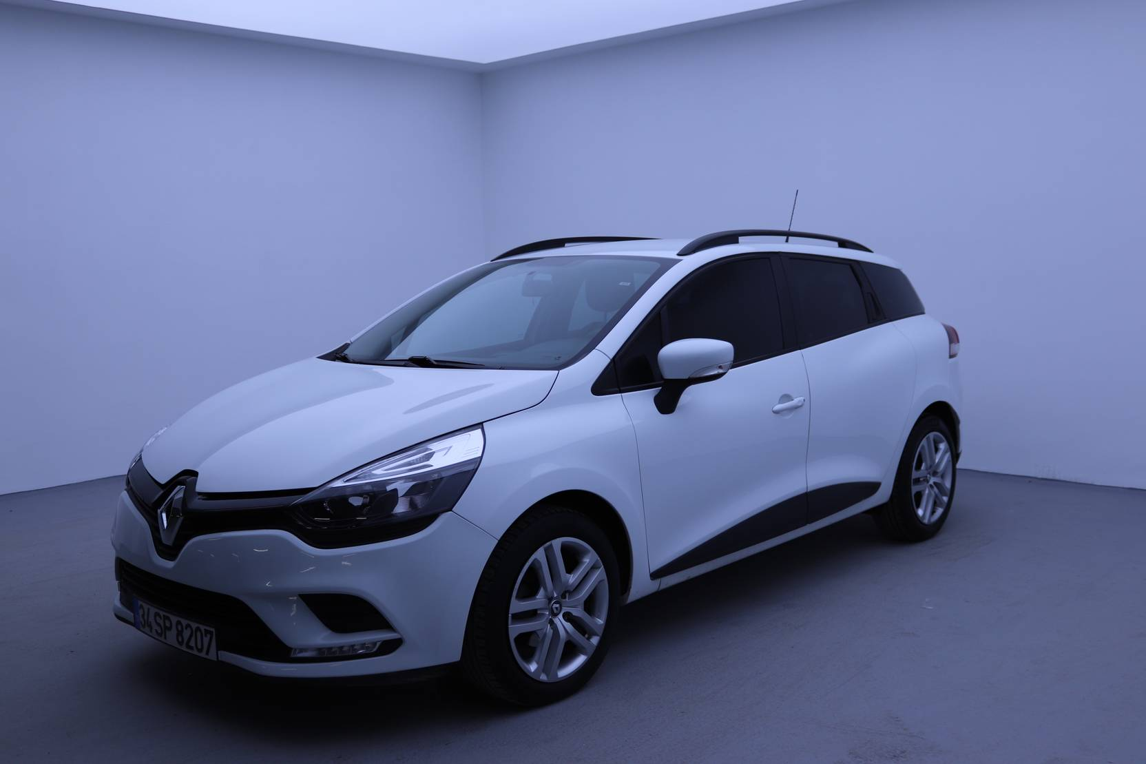 Renault Clio Sport Tourer dCi 75 Stop & Start, Joy detail1