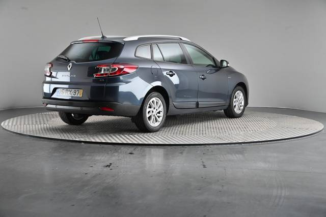 Renault Mégane ST 1.5 dCi Limited SS-360 image-17