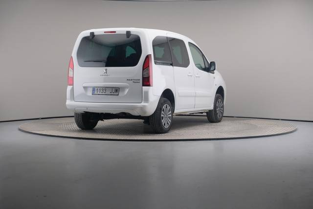Peugeot Partner Tepee 1.6HDI Active 92-360 image-16
