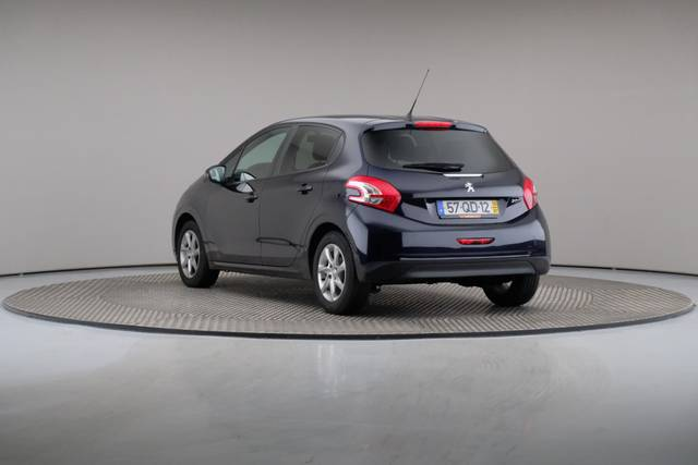 Peugeot 208 1.4 HDi Active-360 image-11