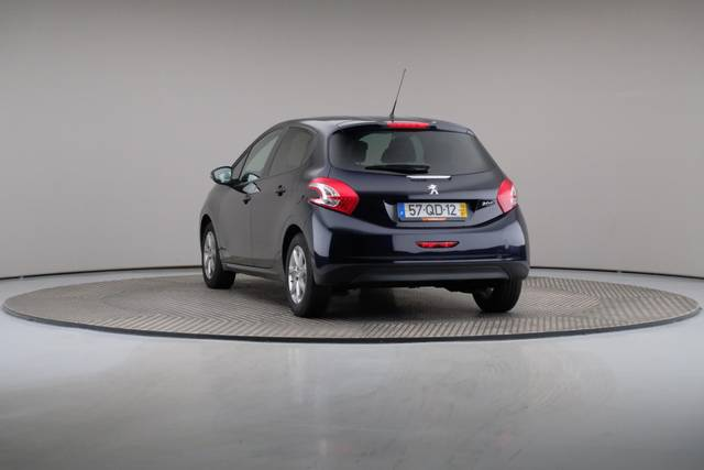Peugeot 208 1.4 HDi Active-360 image-12
