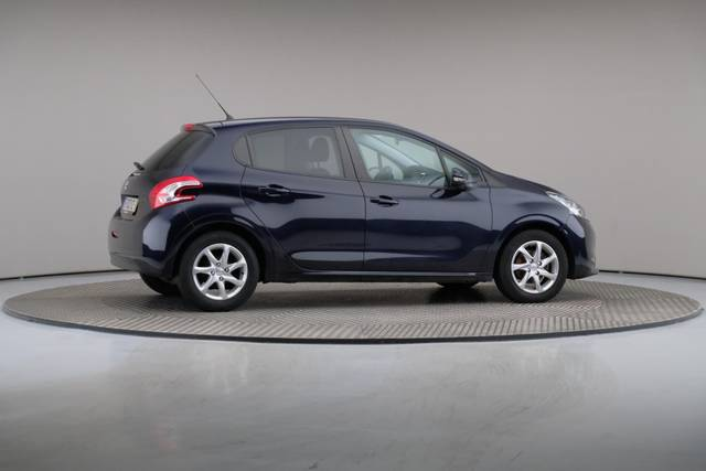 Peugeot 208 1.4 HDi Active-360 image-21