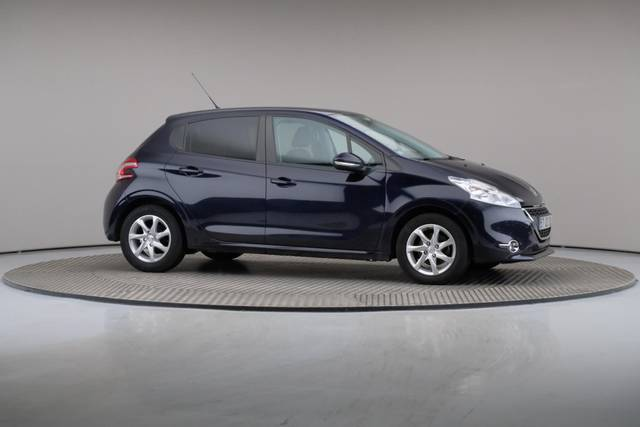 Peugeot 208 1.4 HDi Active-360 image-25