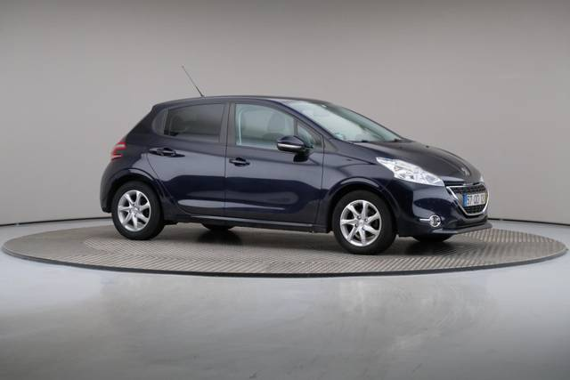 Peugeot 208 1.4 HDi Active-360 image-26