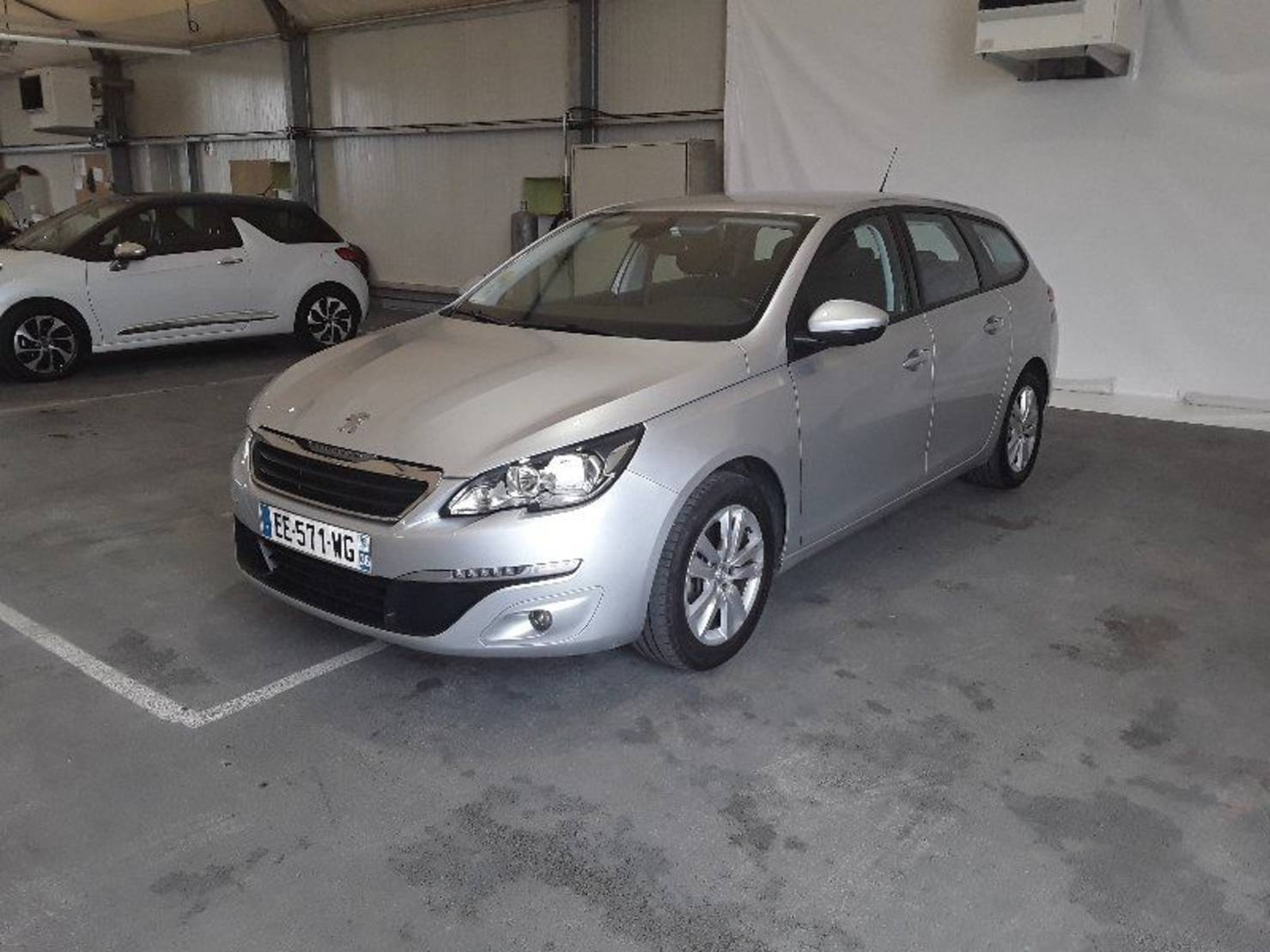 Peugeot 308 SW 1.6 BlueHDi 100ch S&S BVM5, Active Business detail2