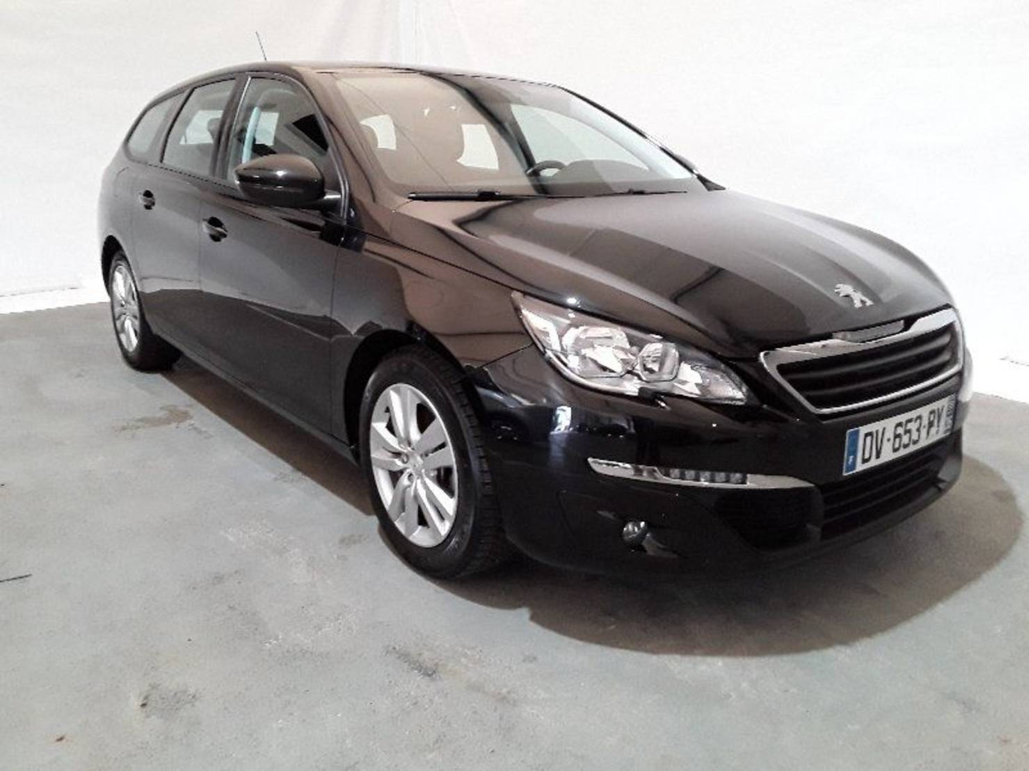 Peugeot 308 SW 1.6 BlueHDi 120ch S&S BVM6, Business Pack detail1