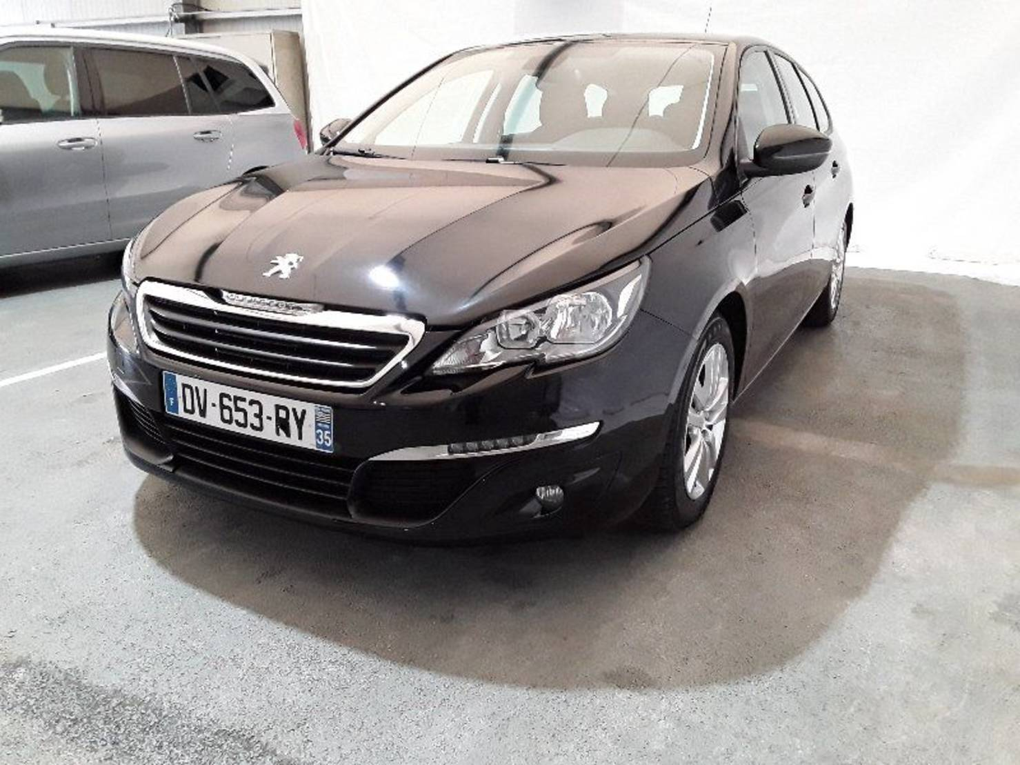 Peugeot 308 SW 1.6 BlueHDi 120ch S&S BVM6, Business Pack detail2
