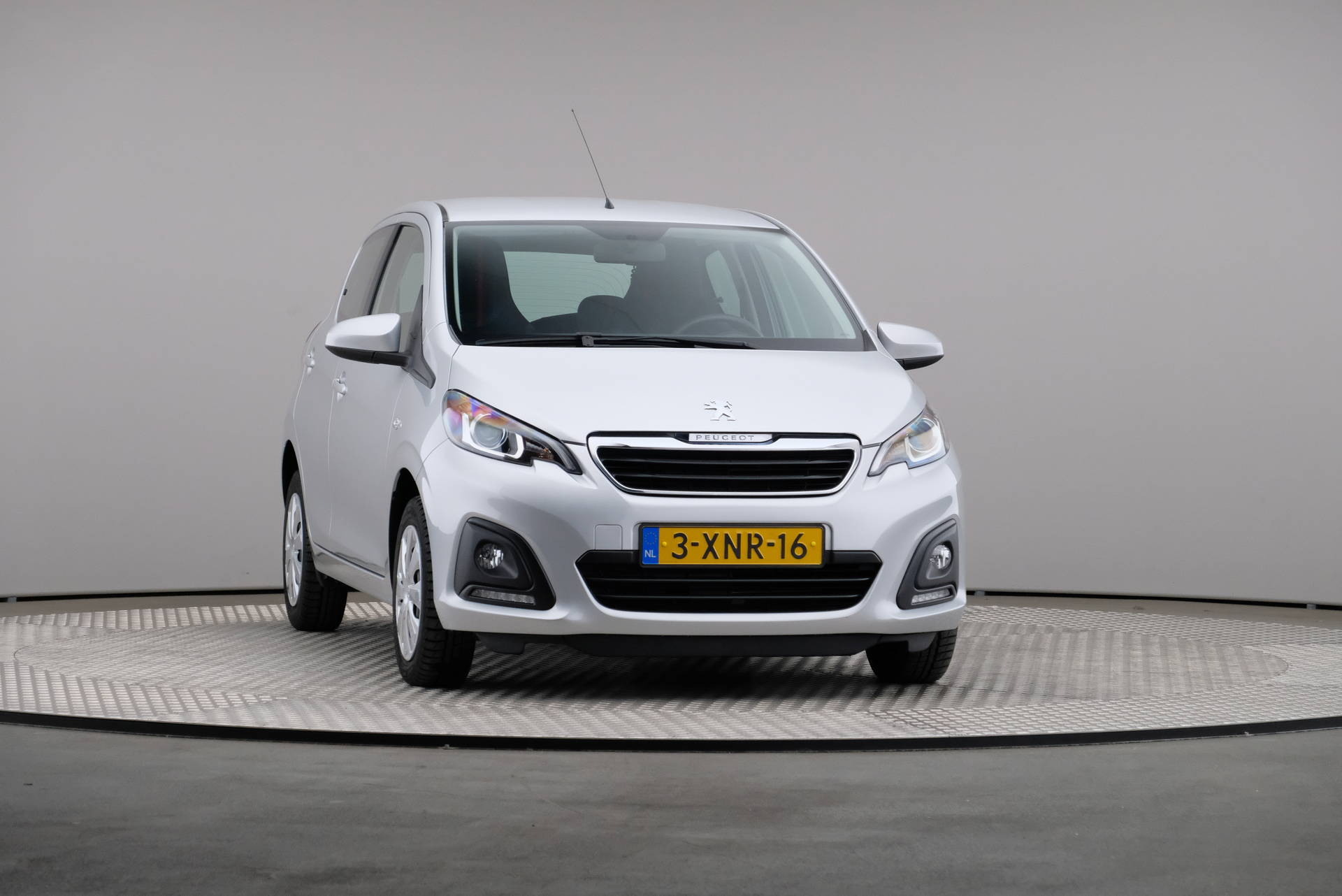 Peugeot 108 1.0 e-VTi Blue Lease, Airconditioning, 360-image31