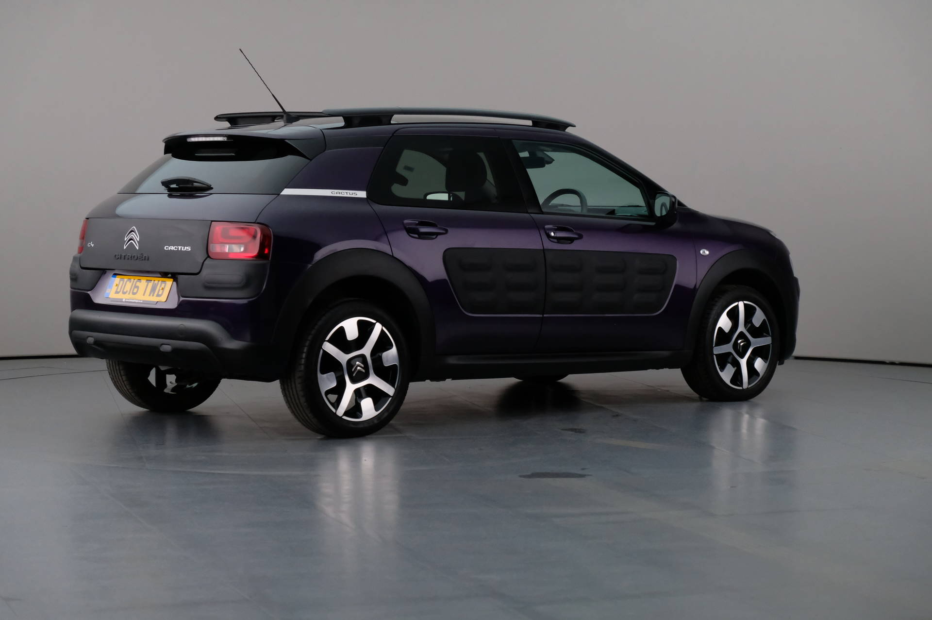 Citroën C4 Cactus 1.6 Blue HDi Flair Edition 5dr, 360-image27