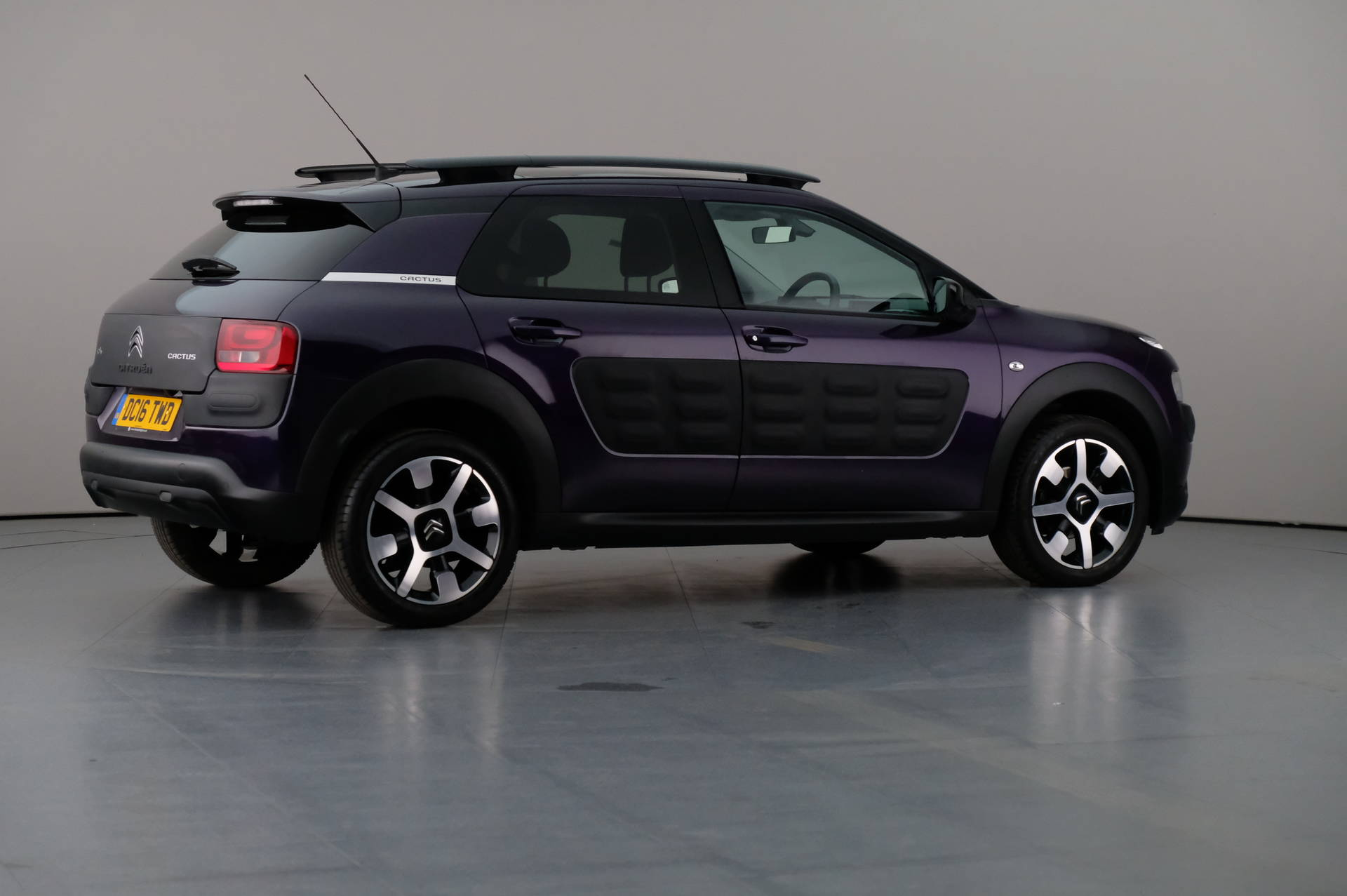 Citroën C4 Cactus 1.6 Blue HDi Flair Edition 5dr, 360-image28