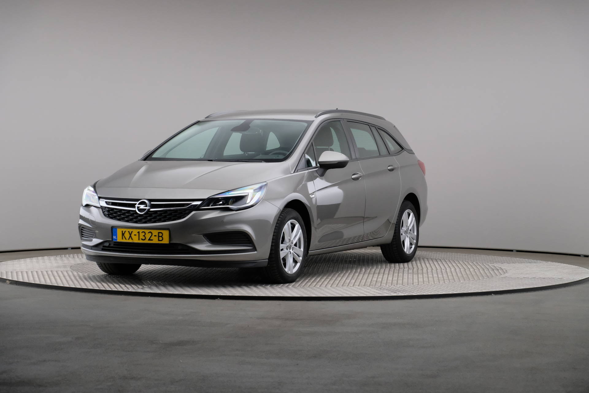 Opel Astra Sports Tourer 1.0 Turbo Edition, Navigatie, 360-image35
