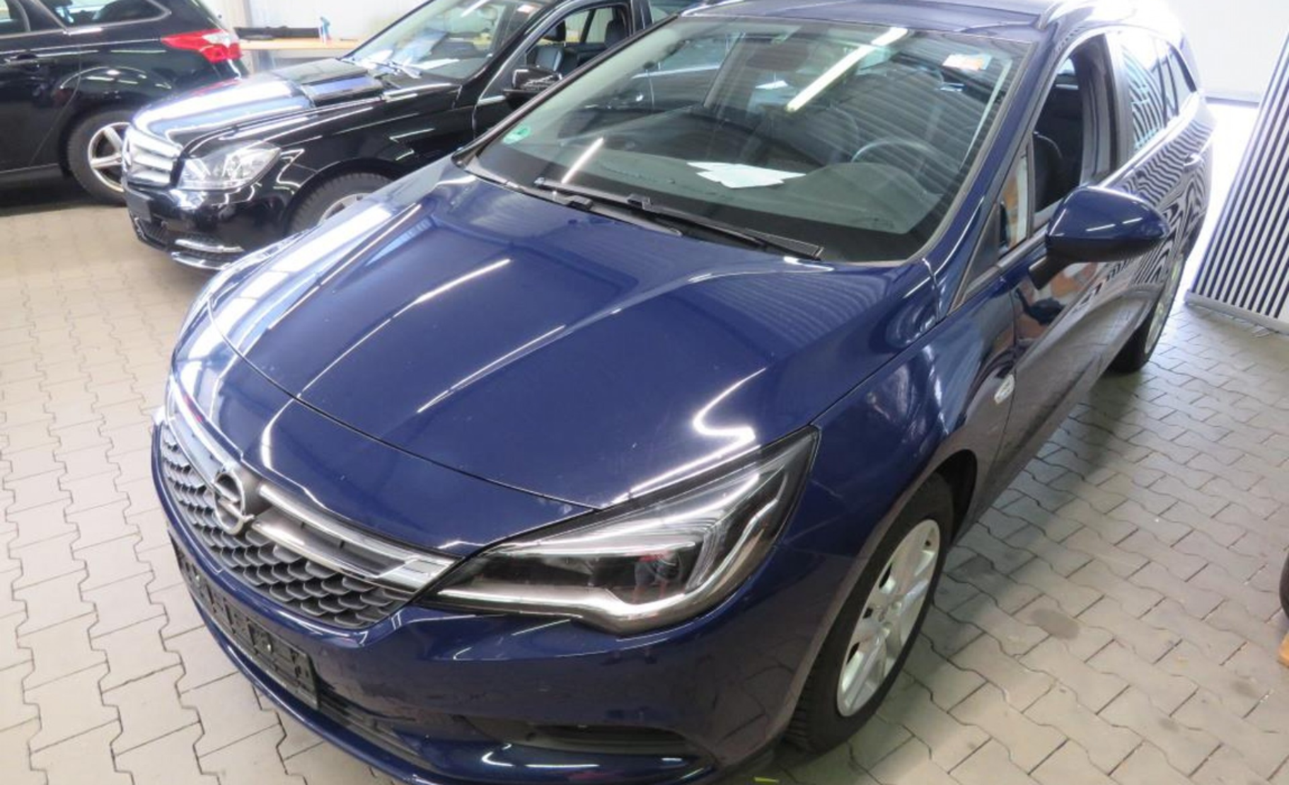 Opel Astra 1.6 CDTI Start/Stop Sports Tourer Edition (621207) detail1