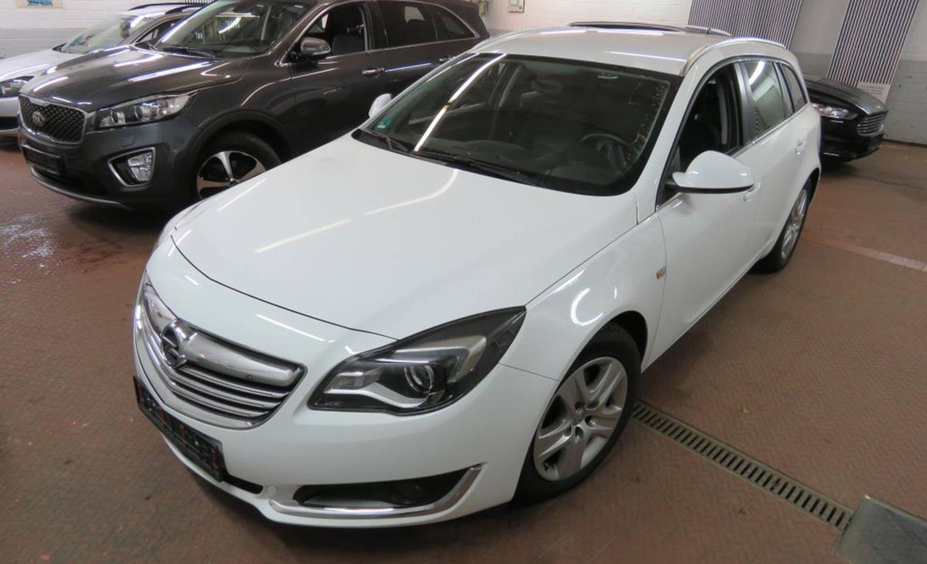 Opel Insignia 2.0 CDTI Sports Tourer Edition NAVI/TEMP detail1