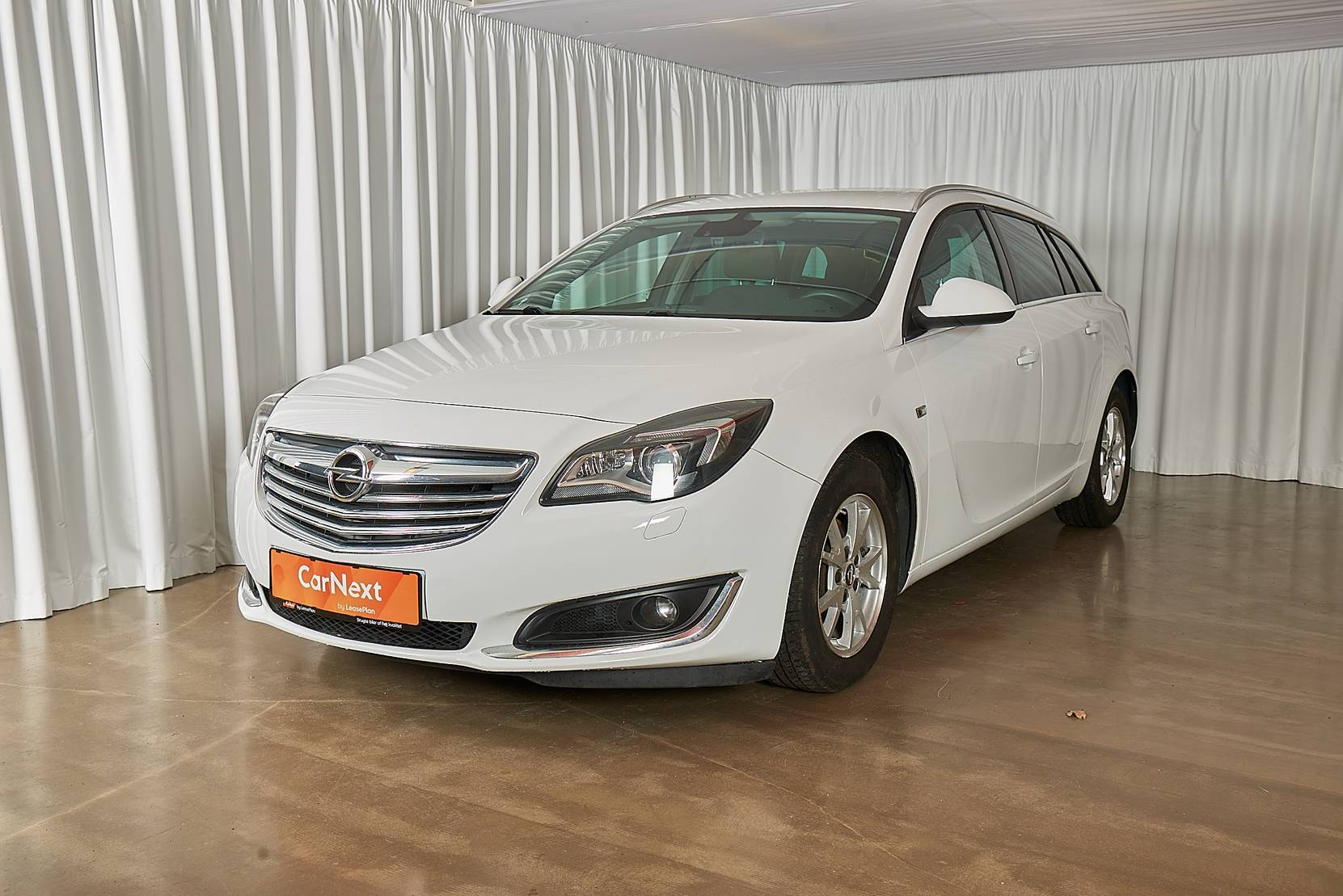 Opel Insignia 2,0 CDTi 140 Edition ST eco 5d detail1