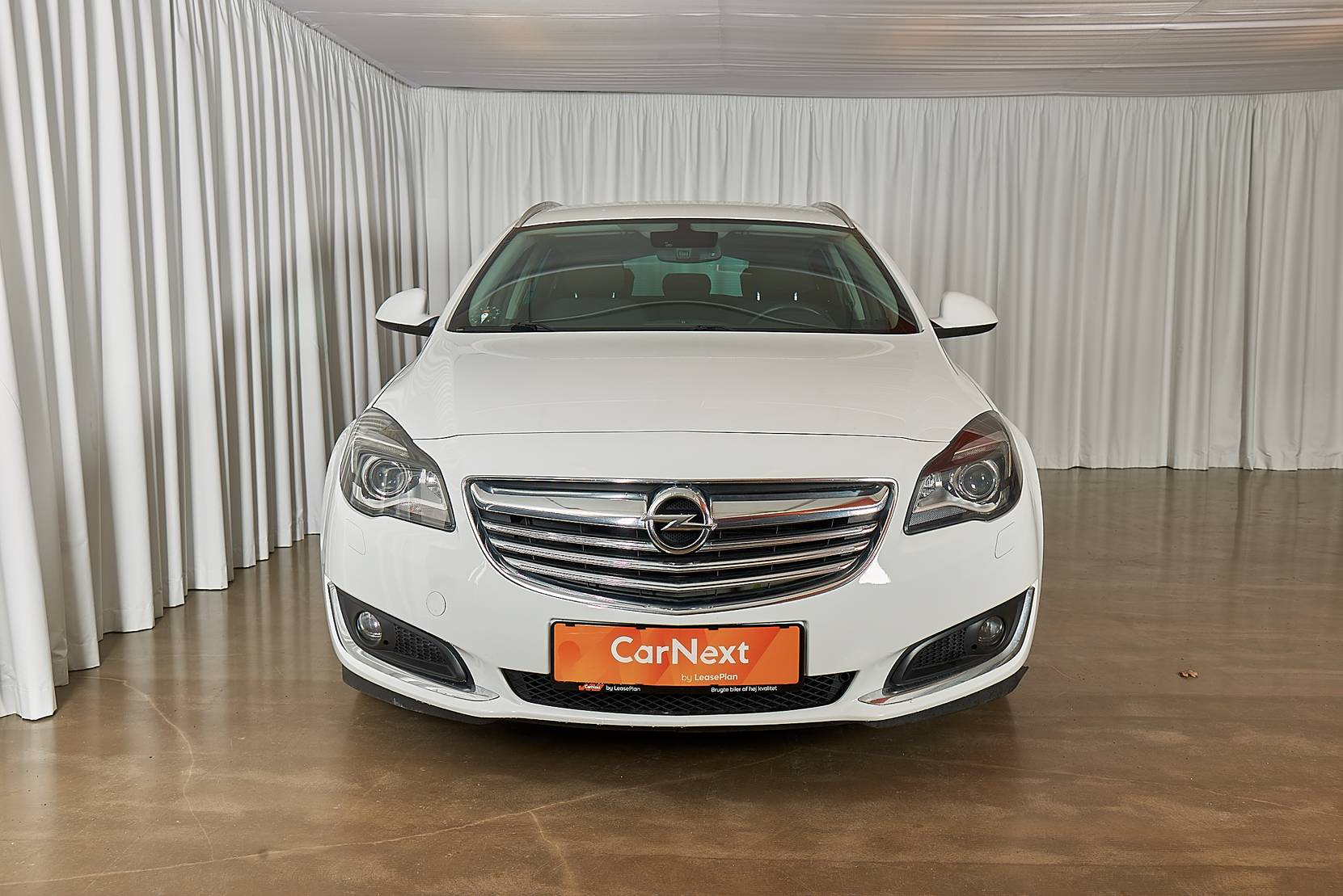 Opel Insignia 2,0 CDTi 140 Edition ST eco 5d detail2