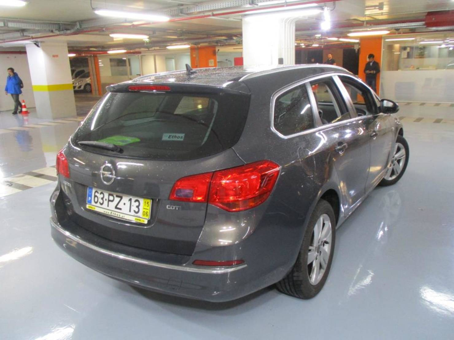 Opel Astra ST 1.6 CDTi Executive S/S detail2