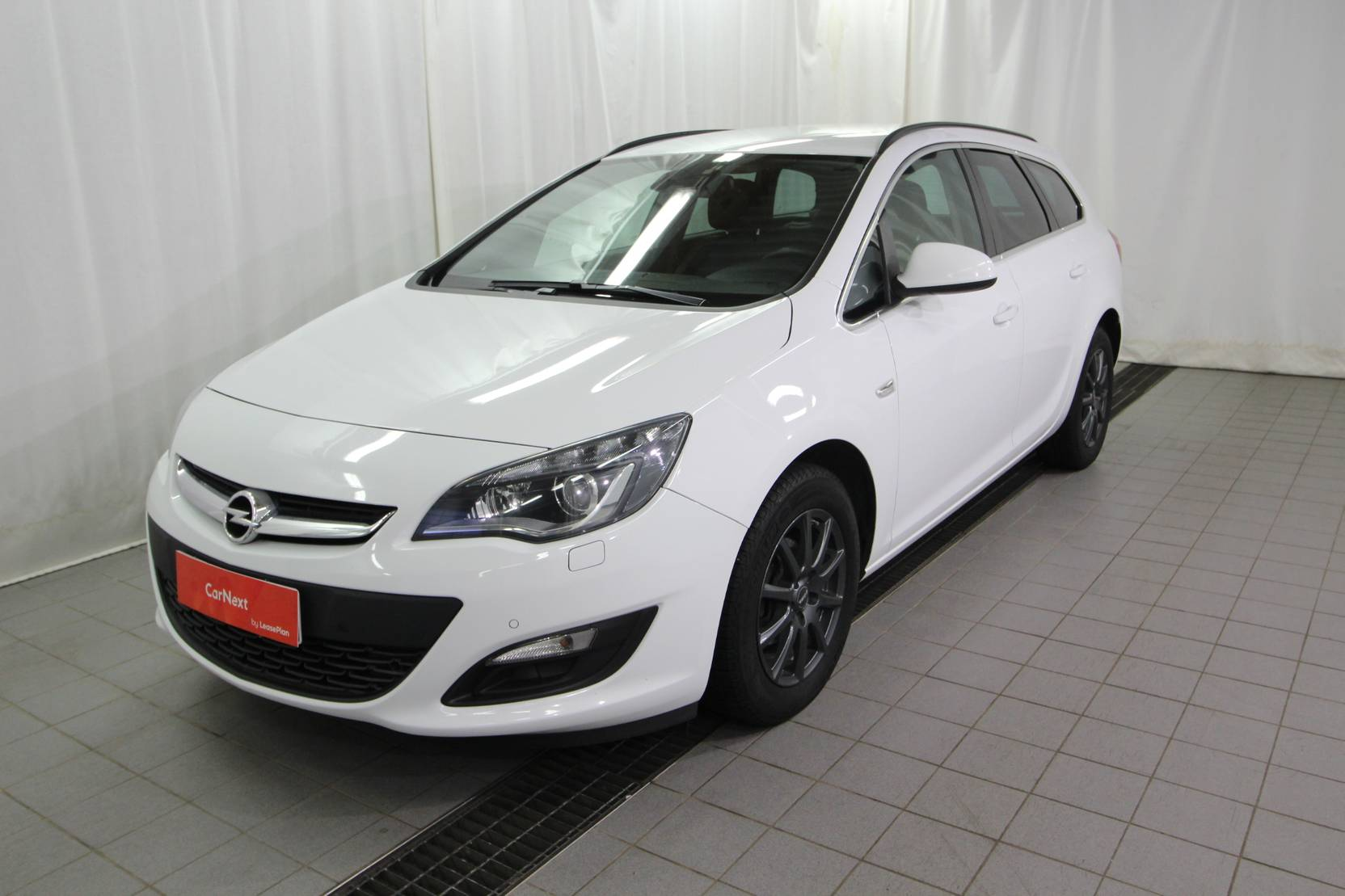 Opel Astra Sports Tourer Drive 1.4 Turbo S/S detail1