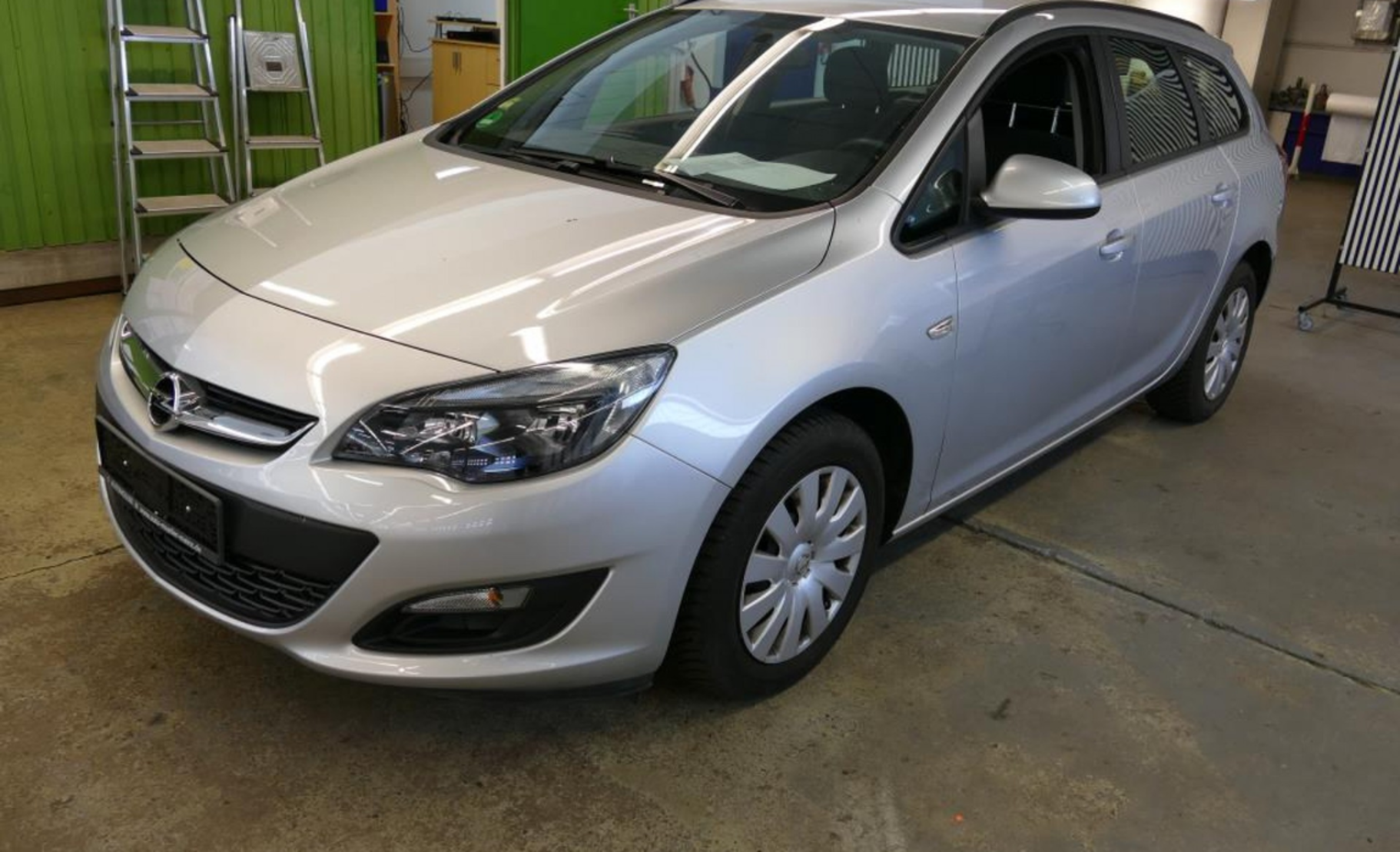 Opel Astra 1.6 Sports Tourer Edition (529836) detail1