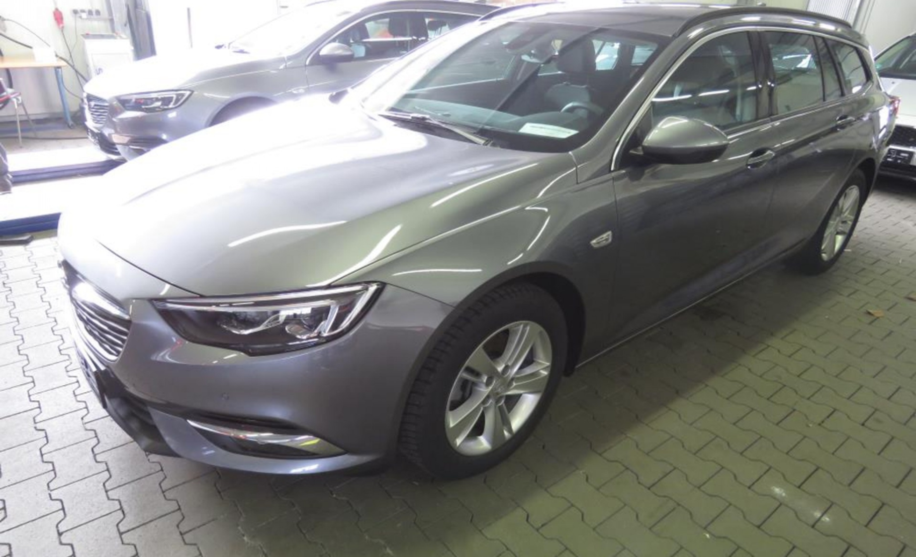 Opel Insignia Sports Tourer 2.0 Diesel Edition (691396) detail1