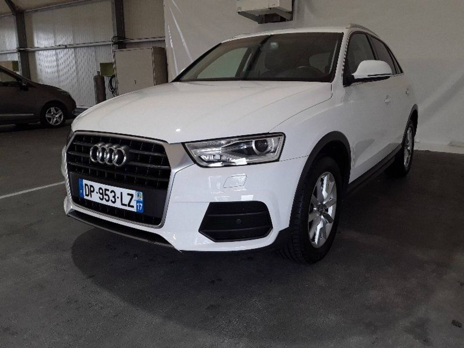 Audi Q3 2.0 TDI Ultra 150 ch, Business Line detail2