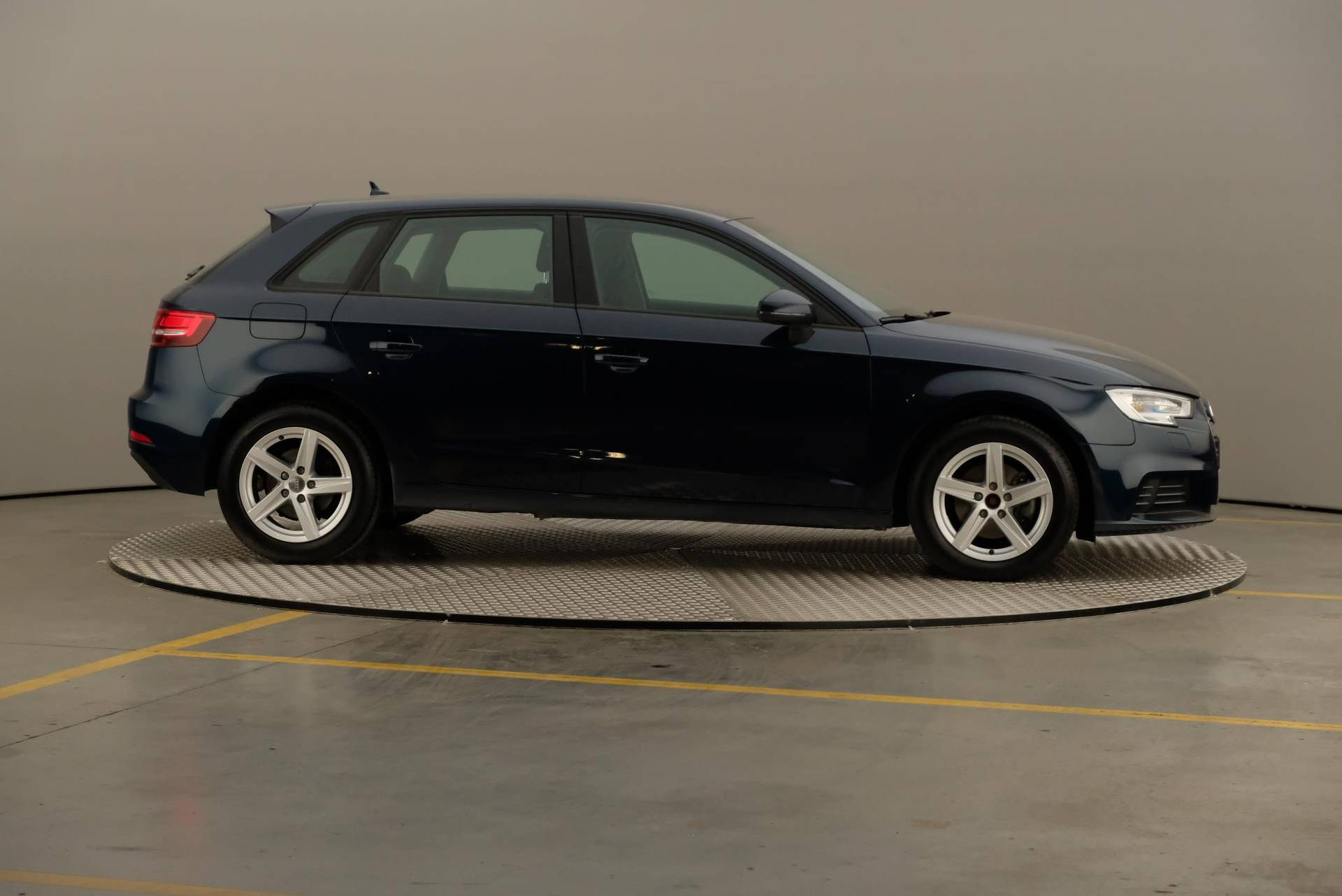 Audi A3 1.6 TDi Pack Intuition Plus Euro6, 360-image23