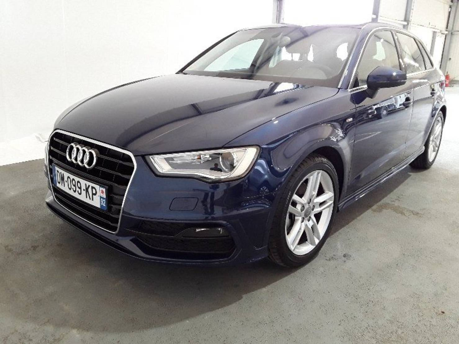 Audi A3 1.6 TDI 110, Ambition Luxe S tronic 7 detail1