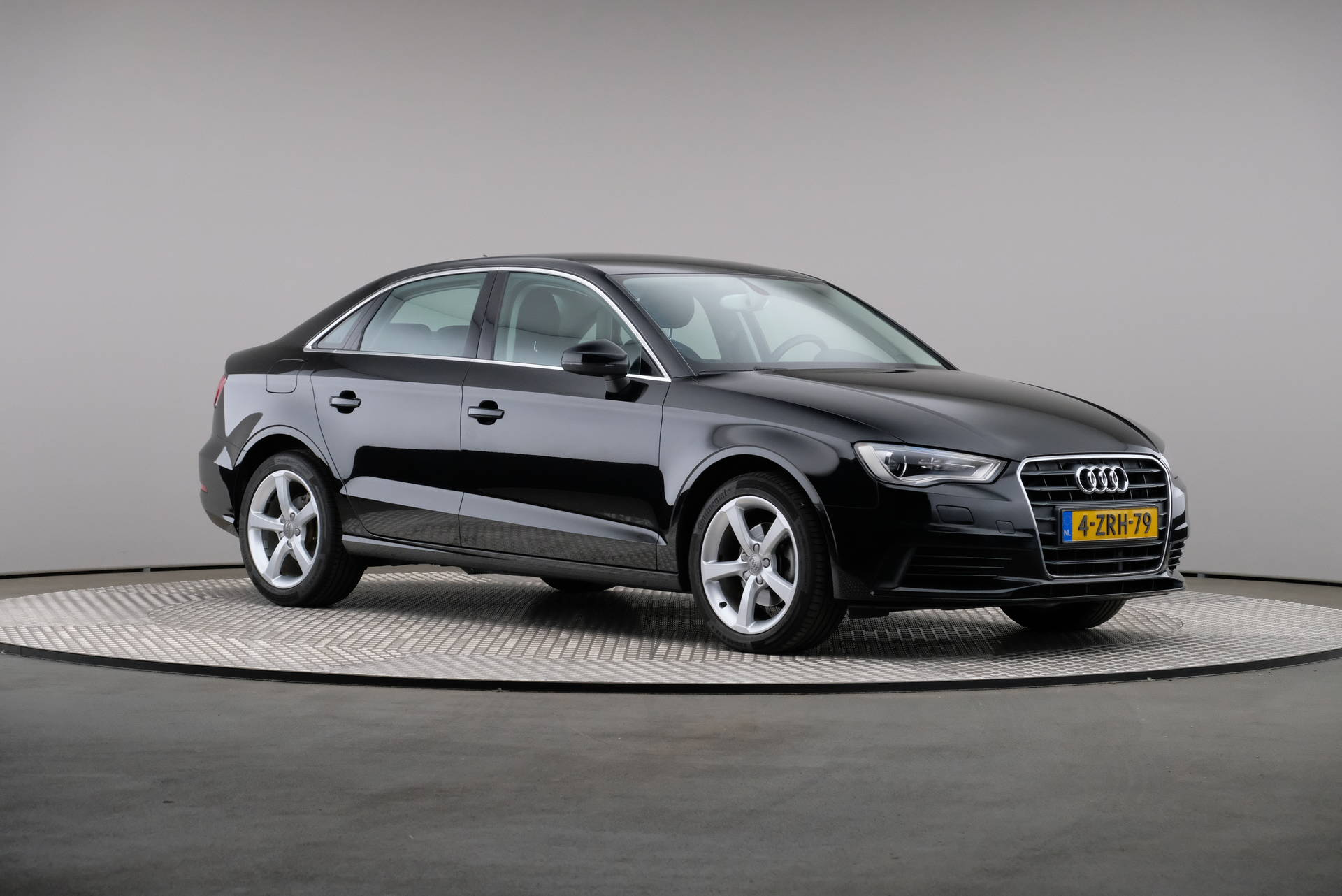 Audi A3 Limousine 1.6 TDI Attraction Pro Line Plus, Navigatie, Xenon, 360-image28