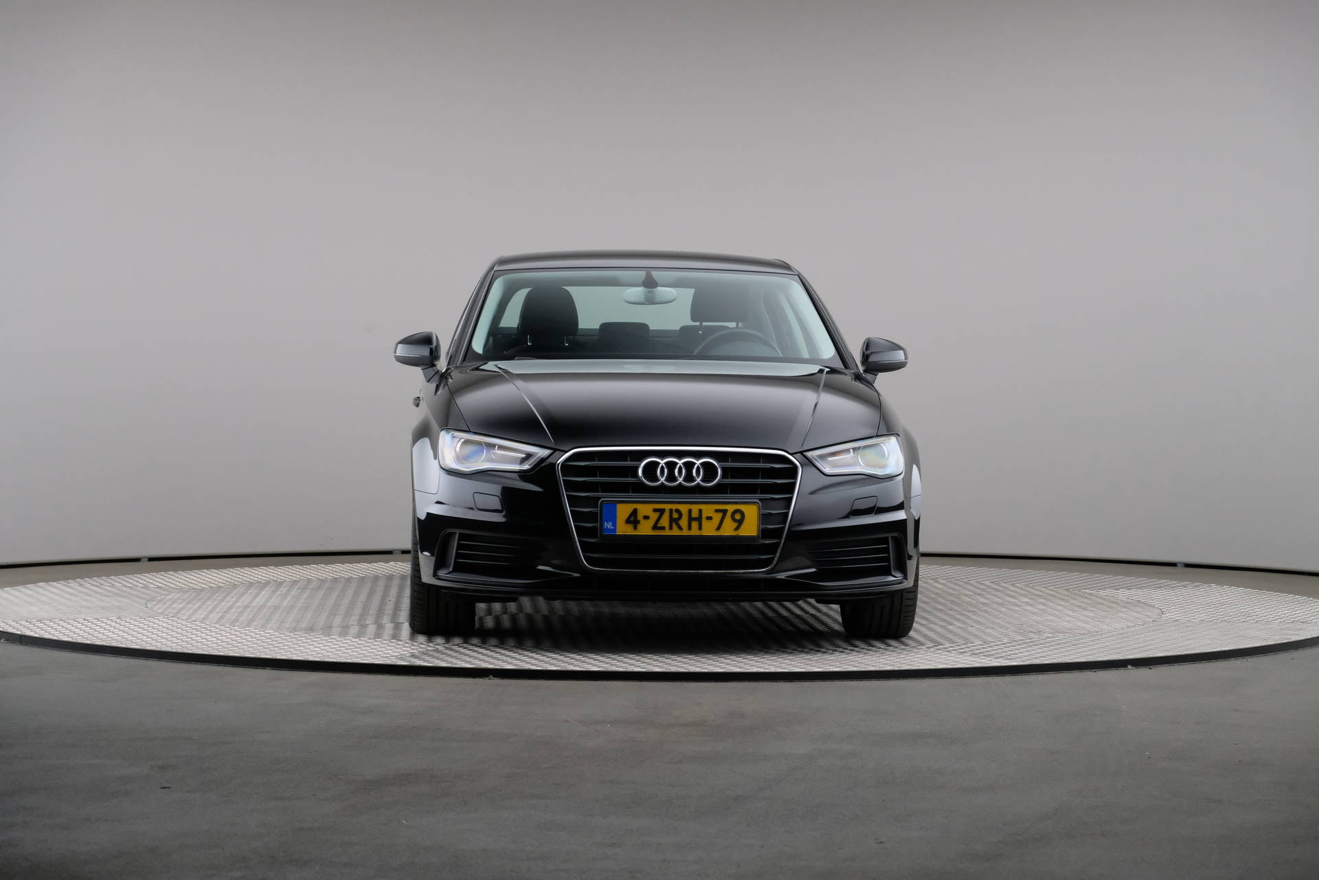 Audi A3 Limousine 1.6 TDI Attraction Pro Line Plus, Navigatie, Xenon, 360-image32