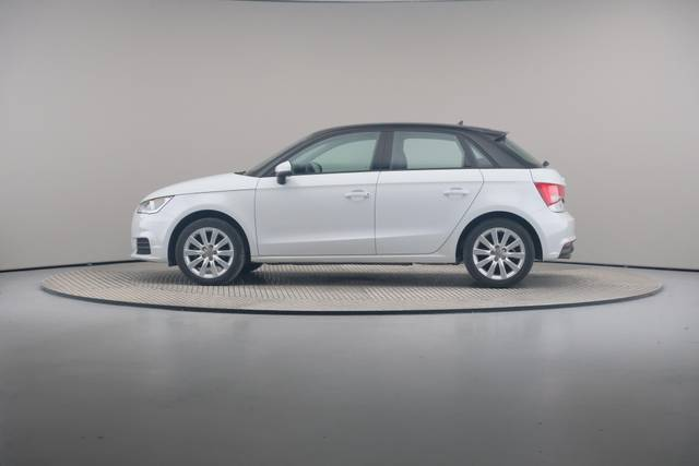 Audi A1 Sportback 1.4TDI Attracted-360 image-5