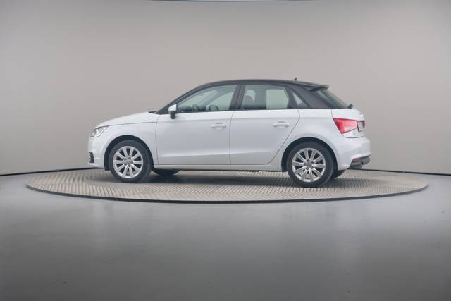 Audi A1 Sportback 1.4TDI Attracted-360 image-6