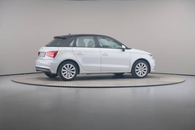Audi A1 Sportback 1.4TDI Attracted-360 image-20