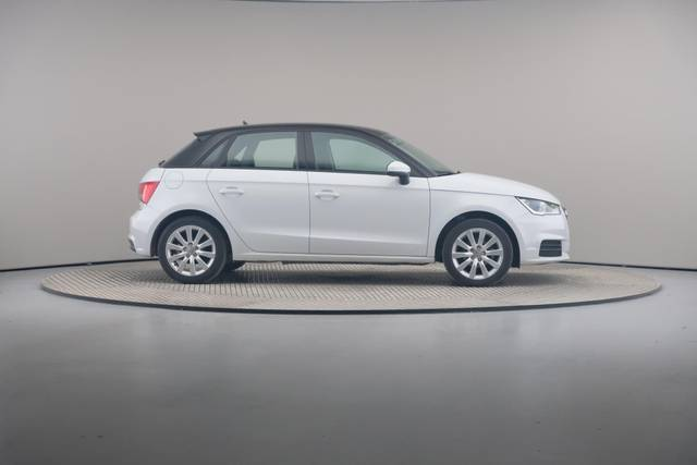 Audi A1 Sportback 1.4TDI Attracted-360 image-23