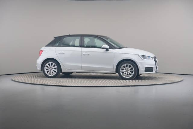 Audi A1 Sportback 1.4TDI Attracted-360 image-24