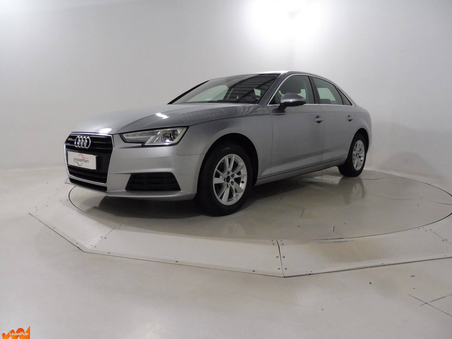 Audi A4 4P 2.0 TDI STRONIC7 BUSINESS detail1