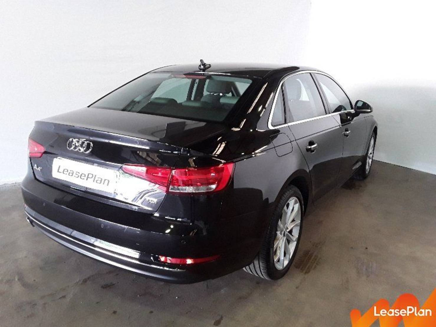 Audi A4 2.0 TDI 150 S tronic 7, Design Luxe detail2