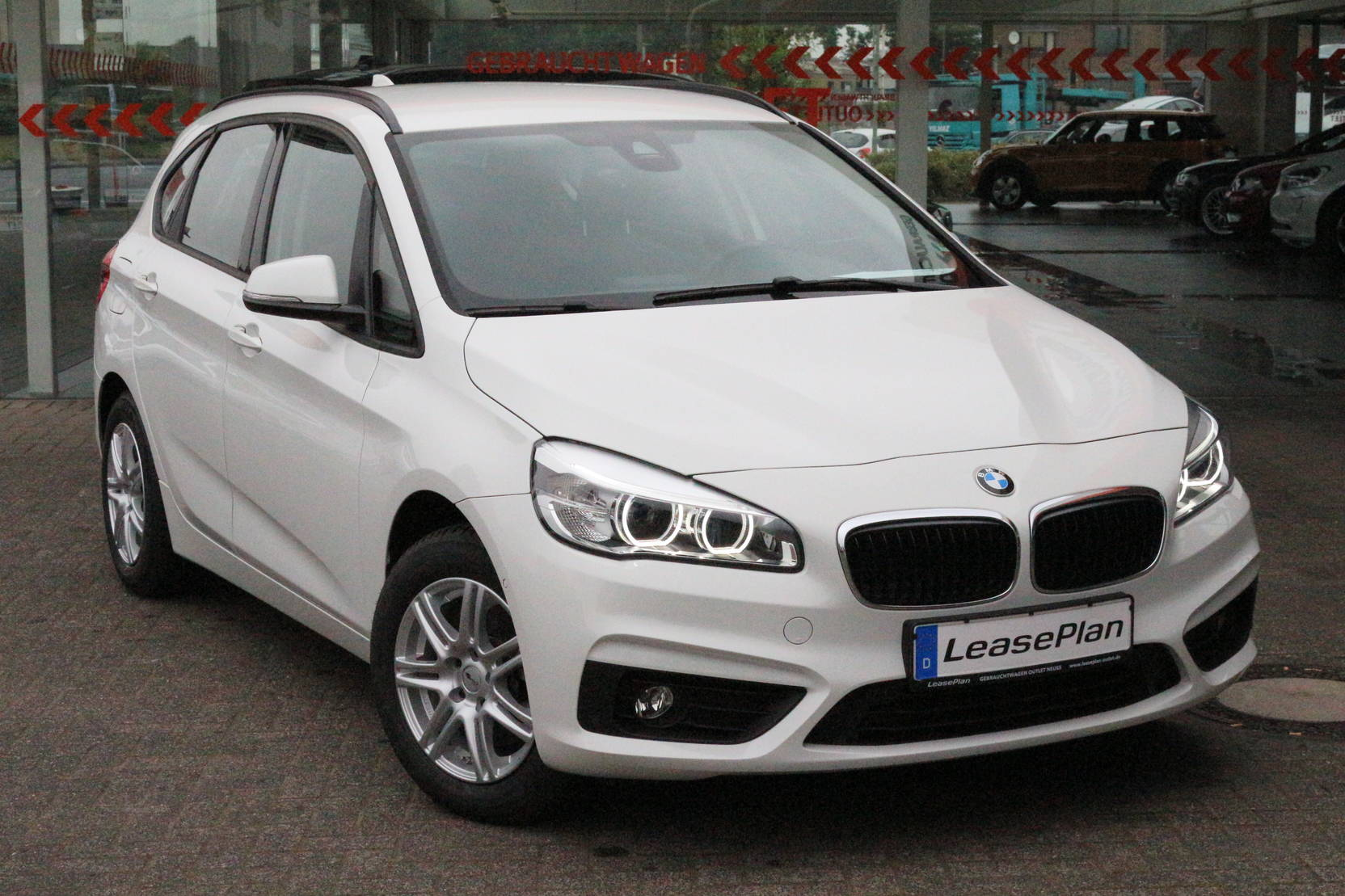 BMW 2 Active Tourer 218i Active Tourer Advantage (622296) detail1