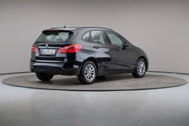 BMW 2 Serie 216 Active Tourer d-360 image-18