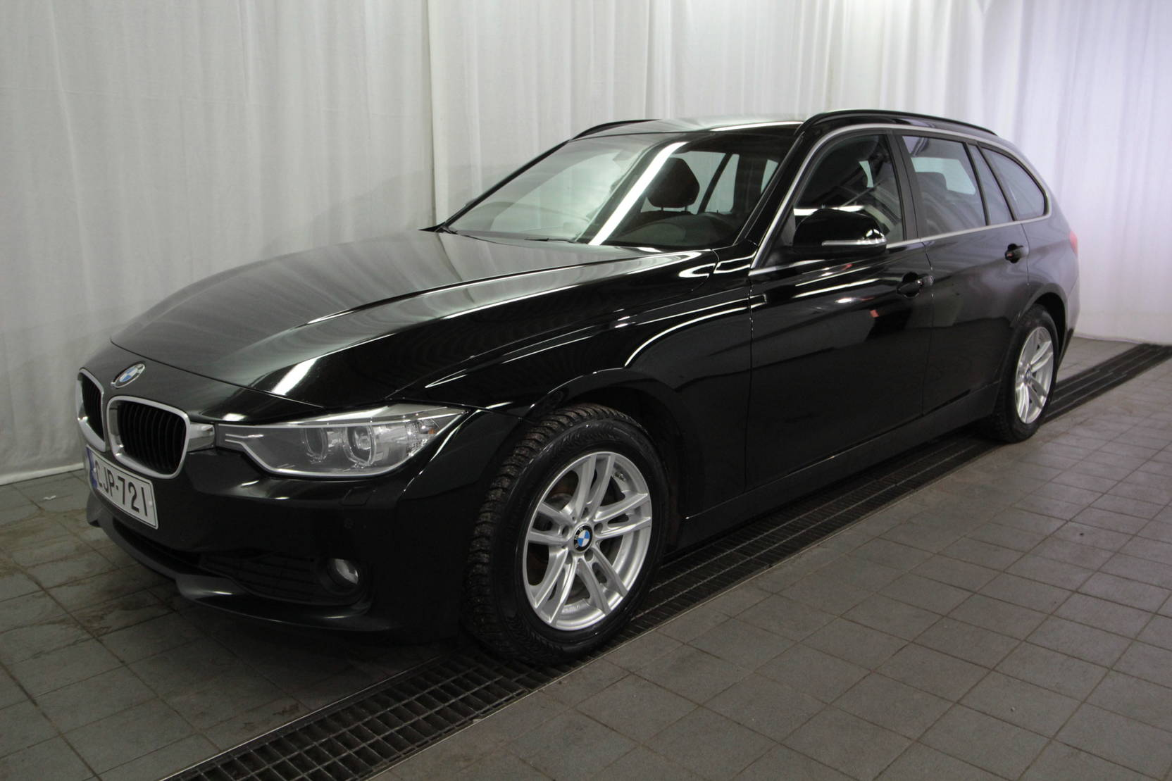 BMW 3 Serie Touring 318d Twinpower Turbo A Business detail1