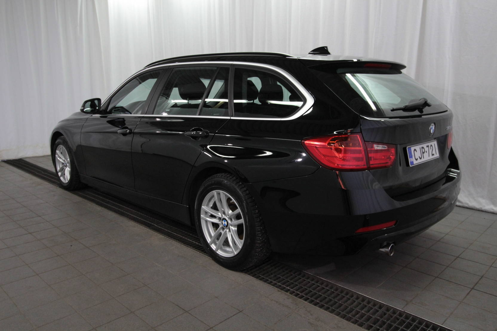 BMW 3 Serie Touring 318d Twinpower Turbo A Business detail2