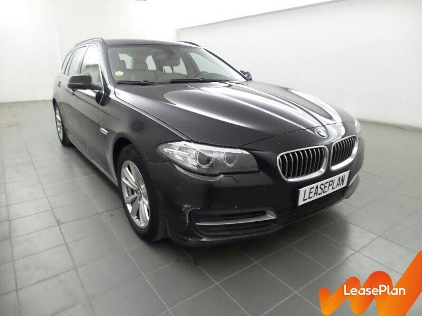 BMW 5 Serie Touring 518d 143 ch, Lounge Plus detail2