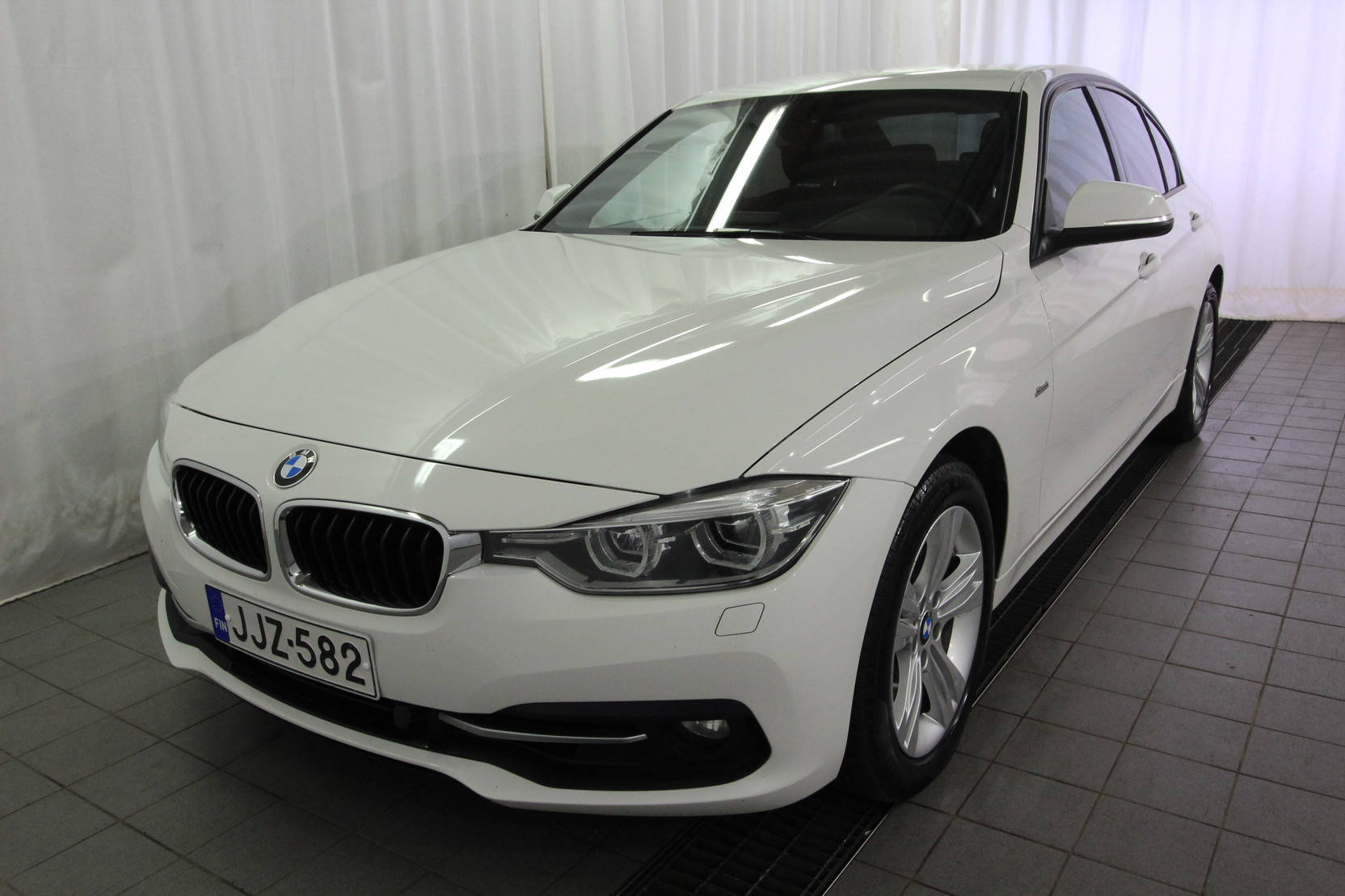 BMW 3 Serie 320i A Xdrive 40th Year Edition Sport detail1