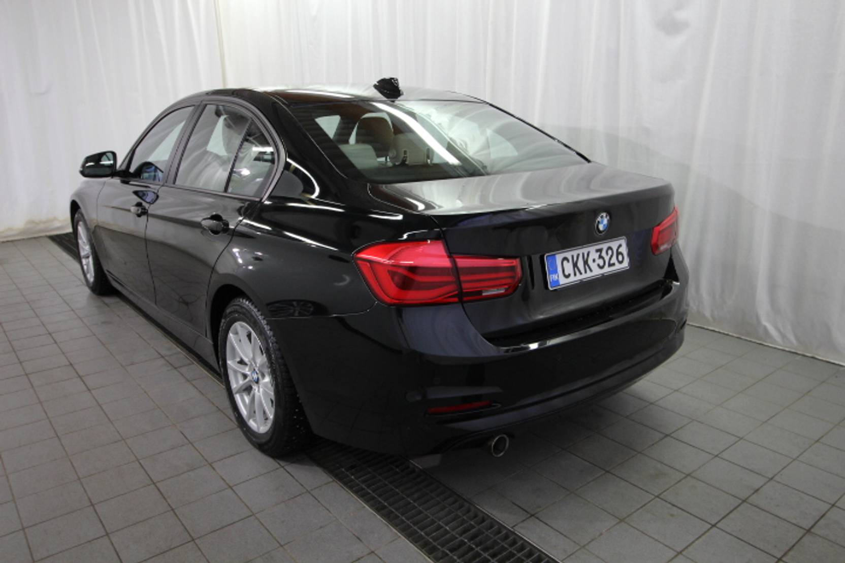 BMW 3 Serie 316d Business detail2