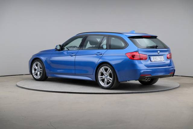 BMW 3 Serie 320d M-Sport Touring-360 image-9
