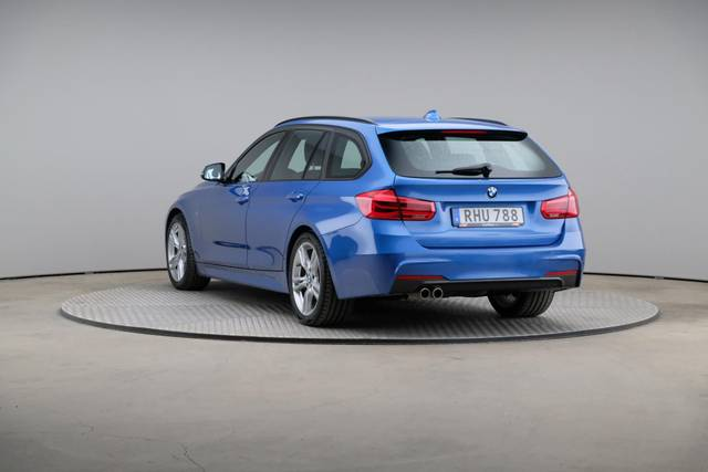 BMW 3 Serie 320d M-Sport Touring-360 image-11